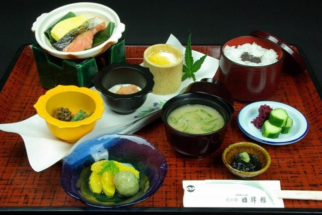 夜はおでかけ♪朝食は旅館で♪笑顔のおもてなし(^∀^)「1泊朝食付プラン」
