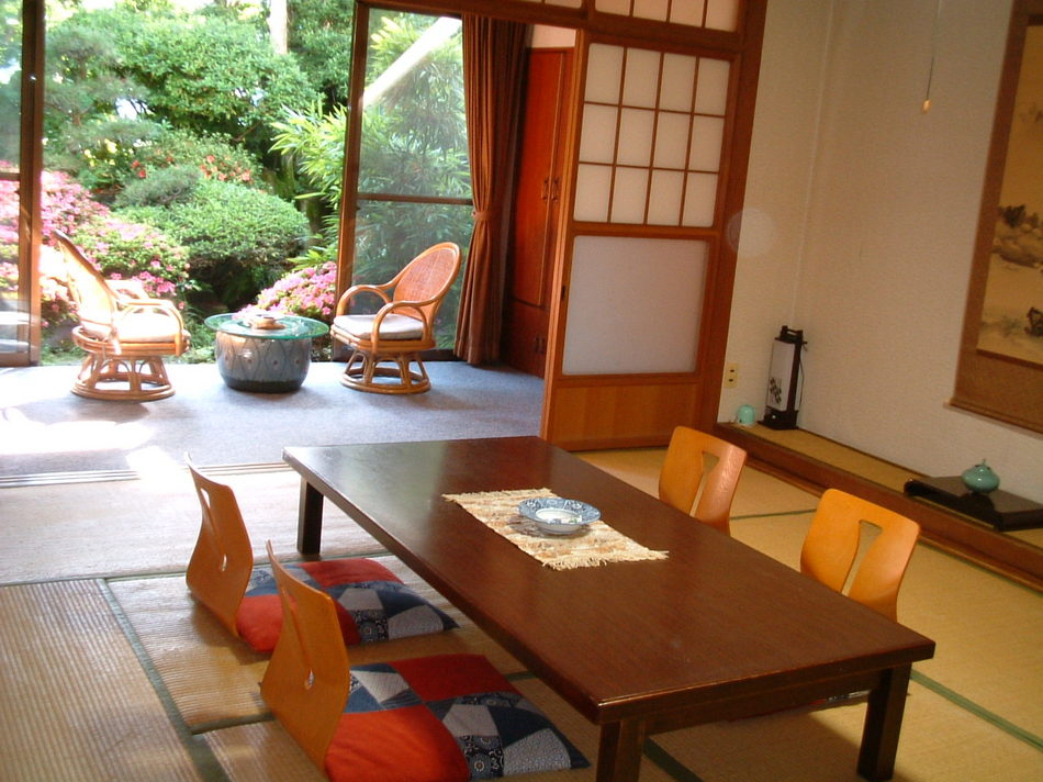 Old Wing Standard ROH Japanese-Style Room