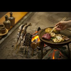 囲炉裏の炭火で焼いた、熱々の岩魚、帆立、県産牛、旬野菜達。満足度ナンバー1のおすすめプランはこちら☆