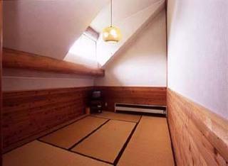ログハウス2階 和室(2〜3)【204・205号室】