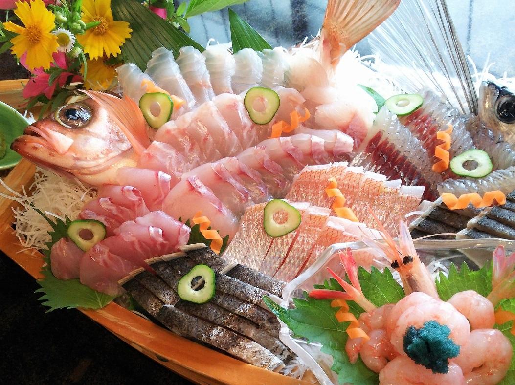 【民宿料理の定番】 <地魚たっぷりの舟盛り付>プラン