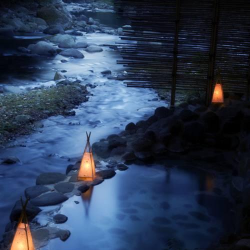 箱根 温泉 川端 康成