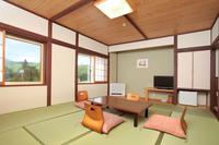 【もみじ館 和室】 白樺湖側で見晴の良いお部屋