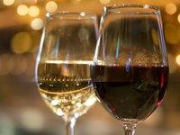 ご夕食は和洋折衷料理&赤白ワイン2本付き♪【角部屋コンセプトルーム】