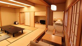 バリアフリー和洋室 【シングルベッド×2 和室15畳】
