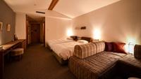 【2019年7月客室リニューアル】高品質ベッド完備*木の温もりを感じながら寛ぎのひとときを/1泊2食