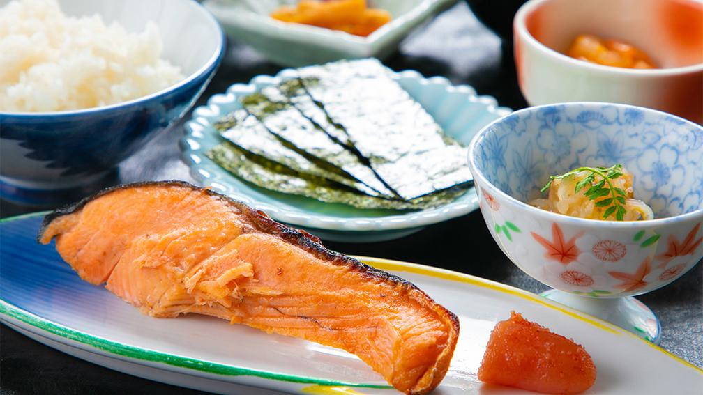 【本館◆スタンダード 朝食付き】和定食で一日の活力を体にチャージ!