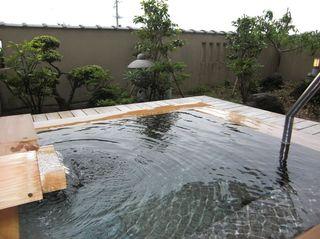 露天風呂付客室(6畳+8畳)