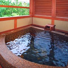 ■露天風呂付き客室・万楽■お一人様毎にプラス一杯♪【ずわいがに一杯付きプラン】