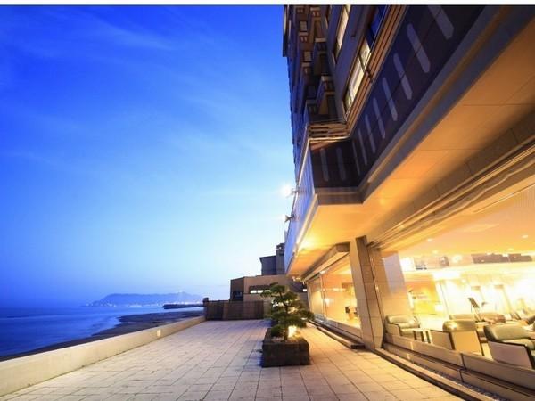 【楽パック限定】海を一望できる大浴場♪海鮮丼が嬉しい朝食ブッフェ♪〜1泊朝食〜
