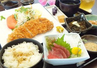 今だけお得な2食付きプラン♪夕食は和食・沖縄料理メニューよりお好きなものを!@2500円分食券付き
