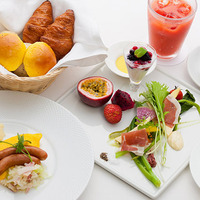 ■パノラマで広がるレストランでの朝食付きプラン■