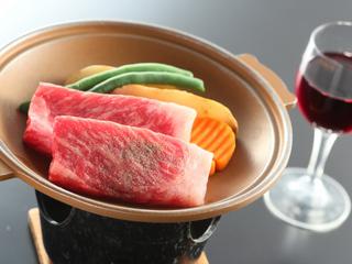 【選べるメイン】鮑の踊焼き or 甲州ワインビーフステーキ☆グラスワイン付
