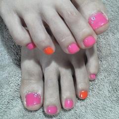 【フットジェルネイル付き】おしゃれは足元から♪女性の方限定で足爪のケア&ビューティを(会場食)