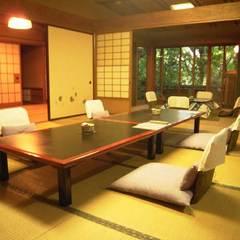 「葵」 和室(10帖〜13.5帖)+板間・半露天風呂付