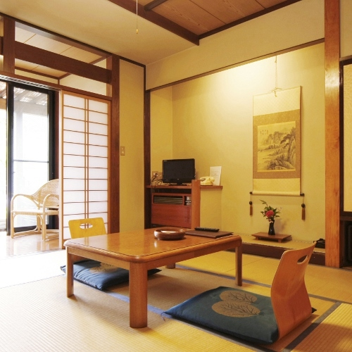 Garden View Japanese-Style Room