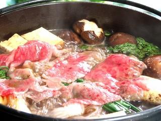 夕食に☆とろけ〜る!黒毛和牛すき焼き
