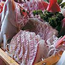 【冬得】獲れたて地魚の豪華舟盛付!網元漁師の海鮮プラン!【料理自慢】