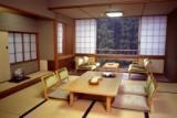 一番人気の緑豊かな山々・清流を望む 和室10畳