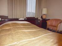 ◆喫煙◆セミダブルルーム130センチ幅ベッド☆