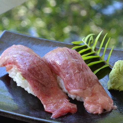 美味堪能!沖縄県産黒毛和牛炭火焼きディナー・夕朝食付