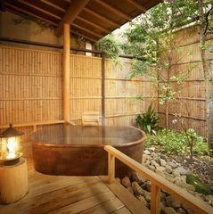 【禁煙】露天風呂付特別室「早蕨」和室12帖+和座ベットルーム