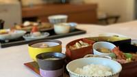 【室数限定】日本料理をお部屋でゆったり舌鼓!ディナー&朝食付きプラン