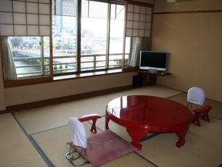 宍道湖・大橋川を望む眺望の良い10畳和室