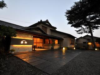 季節を楽しむ本格懐石(会席)料理♪1泊2食付プラン
