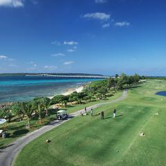 【直前割】東洋一の美しさを誇る前浜ビーチに隣接!エメラルドコーストゴルフリンクス1ラウンド付