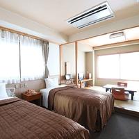 バリアフリールーム【和室8畳+ベッドルーム6畳】温の間