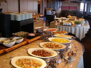 【シェフ特製】☆30種類の和洋食ビュッフェ付☆【朝食付き】