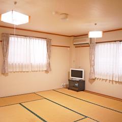 和室12畳【禁煙/バストイレ共同】