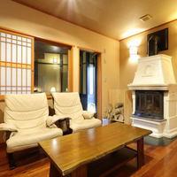 暖炉付客室【花梨】和室10畳+ベッドルーム18畳+半露天