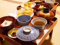 【スタンダード精進料理】宿坊で昔ながらの精進料理を食し高野山の文化に触れる