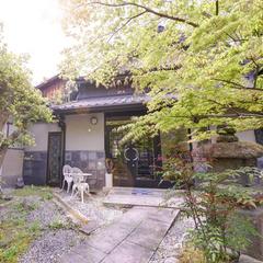 【京の割烹】「鷲尾町 ほたる」で、本格割烹を。旬の味覚を五感で愉しむ─<2食付>