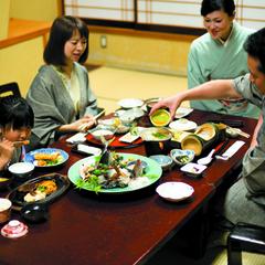 ≪お部屋食確約≫旅にひたる清流黒部と雪景色*お部屋でのんびり富山の旬てんこもり越中会席<1泊2食付>