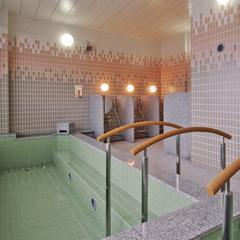 ◆【当日限定】最終チェックイン23時・最上階天然温泉大浴場!町内中心部の宿<素泊り>