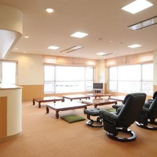 ◆【当日&週末がお得!】最上階に天然温泉大浴場!全室Wi-fi完備<素泊り>