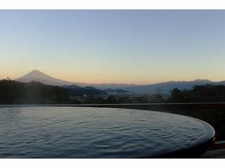【本館】露天風呂付和室10畳(富士山側)