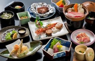 人気の「黒豚鍋」付き 鹿児島味わいプラン 【個室食】で竹コース