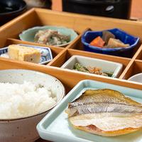 ◇松阪牛220グラム!すき焼き鍋◇とごはんでがっつり満腹にしたい!シンプル夕食コース
