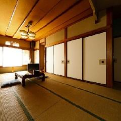 【特別室】源泉掛け流し24時間貸切風呂無料で広々和室で寛ぐ