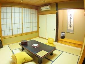 温泉三昧・河津桜まつり【和室8畳・信楽露天】(2/10〜3/10)