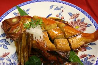 【館内すべてペットと一緒】旬の地魚姿盛りとフワフワ♪金目鯛姿煮プラン