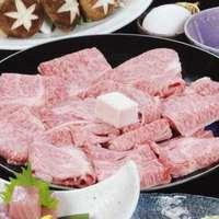 【ファミリー】特製の割り下でほっぺが落ちるくらいの柔らかい松阪肉をご堪能「松阪牛すき焼きコース」