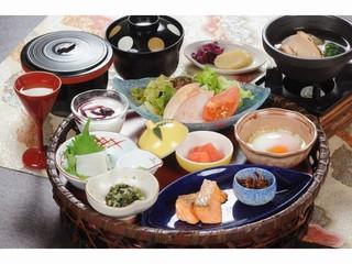 【現金決済】温泉に入って免疫力向上、料理は【白山会席】満喫