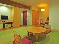 ■和室(26平米)/バス・トイレ付