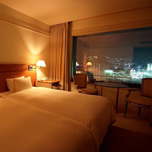 客室最上階ツイン禁煙【ベッド幅120c...