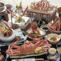 【かにづくし会席】姿がに・焼きがに・かに鍋・かに天ぷら・かに刺・かに茶碗蒸・かに釜飯 × 貸切風呂付